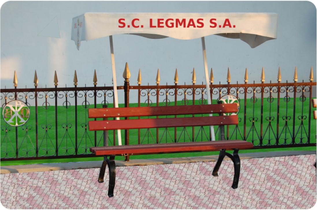 Gard cu elemente forjate si figurine din fonta pentru lacasuri de cult